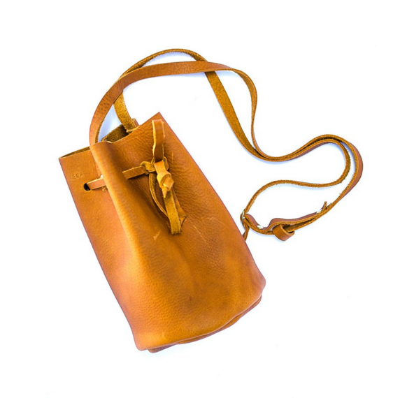 what to get mom for christmas leather bucket bag